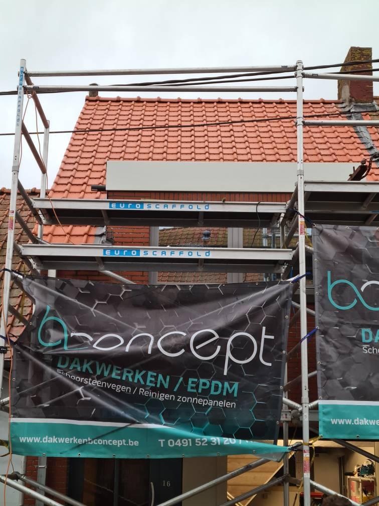 realisatie B-concept bv in Eernegem - vernieuwen van pannendak en afbraak oud dak (19)